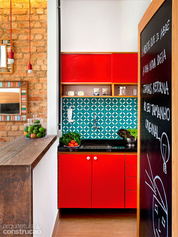 Unexpected Colorful Kitchens roundup from designer Lesley Myrick | Red and teal kitchen
