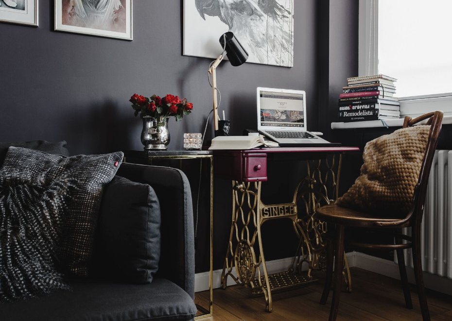 Going Dark: Deep Wall Colors Can Be Surprisingly Successful | Article in WACOAN magazine by interior designer Lesley Myrick