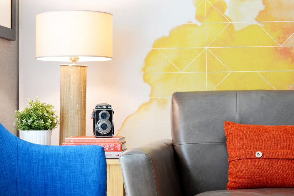 accent-wall-living-room-lesley-myrick-3