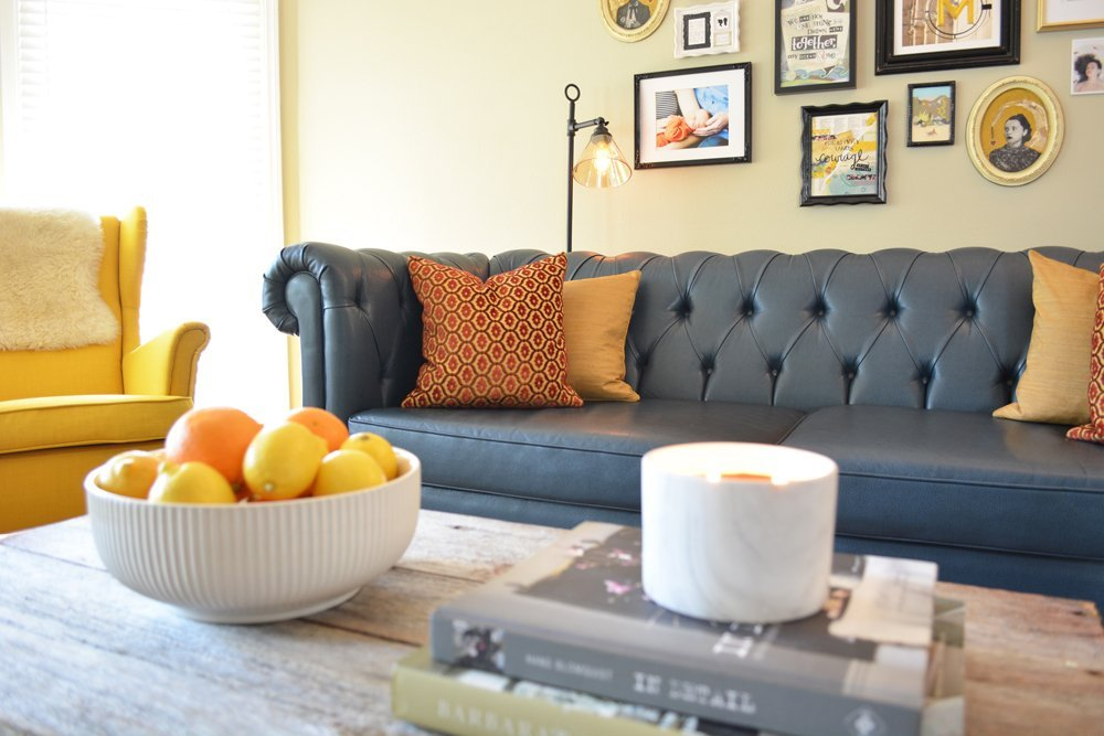 My 5 favorite ways to bust out of boring from Atlanta interior designer Lesley Myrick (including what kind of sofa to buy!)