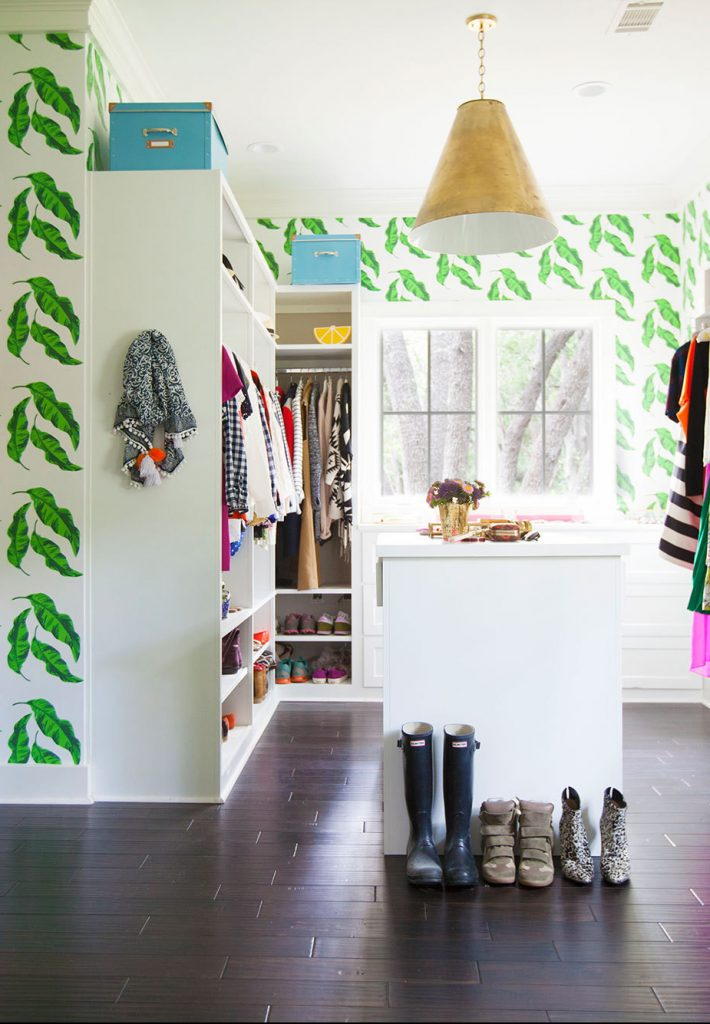 Awesome wallpapered closets (and other offbeat wallpaper ideas) from Waco interior designer Lesley Myrick