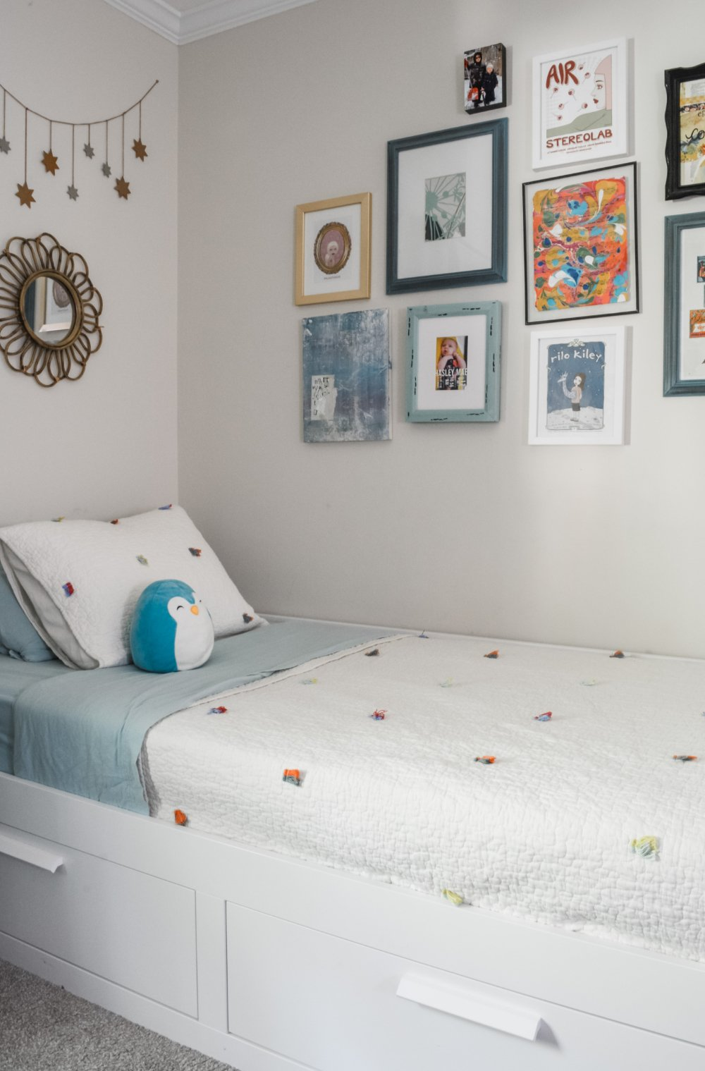 A fresh and colorful bedroom for a young girl