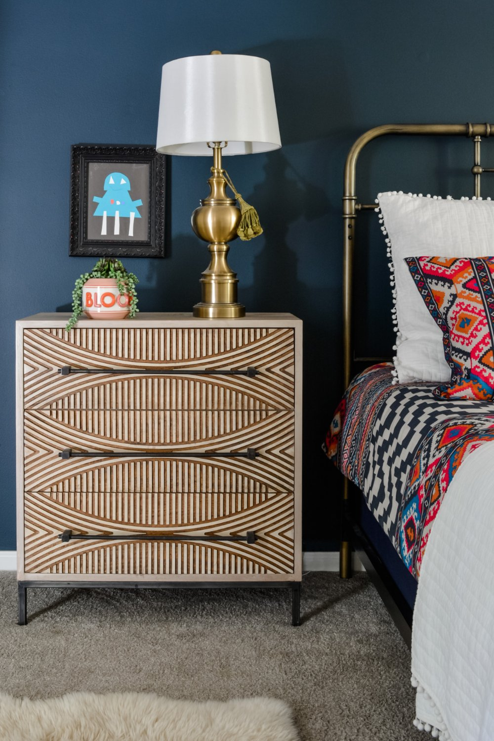 Navy accent wall ideas from Lesley Myrick
