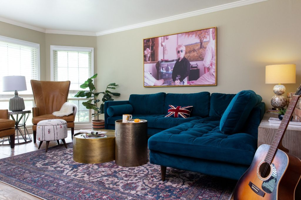 eclectic living room in waco with a variety of inexpensive accessories